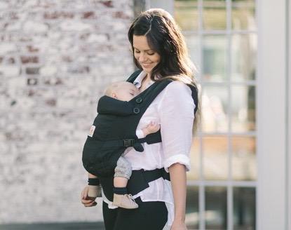 """新生児からずっと一緒♪成長に合わせてカタチを変える""""抱っこひも""""【エルゴベビー アダプト】"""
